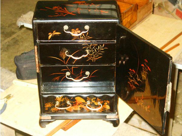 Antik fiókos szekrény restaurálva